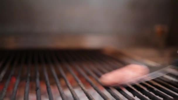 Burger kotlety pečené na grilu