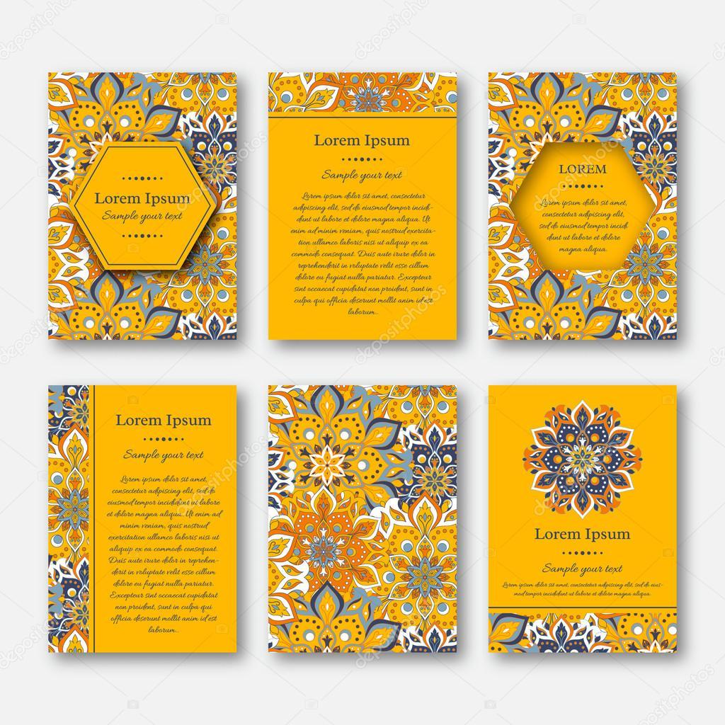 Conjunto de tarjetas, flyers, folletos, plantillas con mano patrón ...