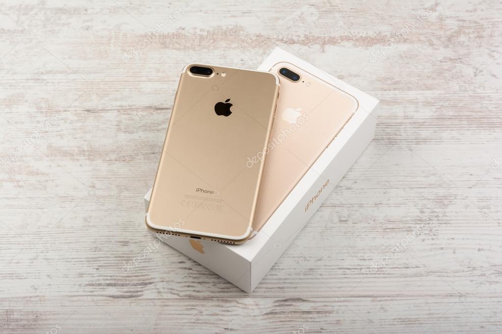 Burgas Bulgaria 22 Ottobre 2016 Nuovo Apple Iphone 7 Plus Oro Su