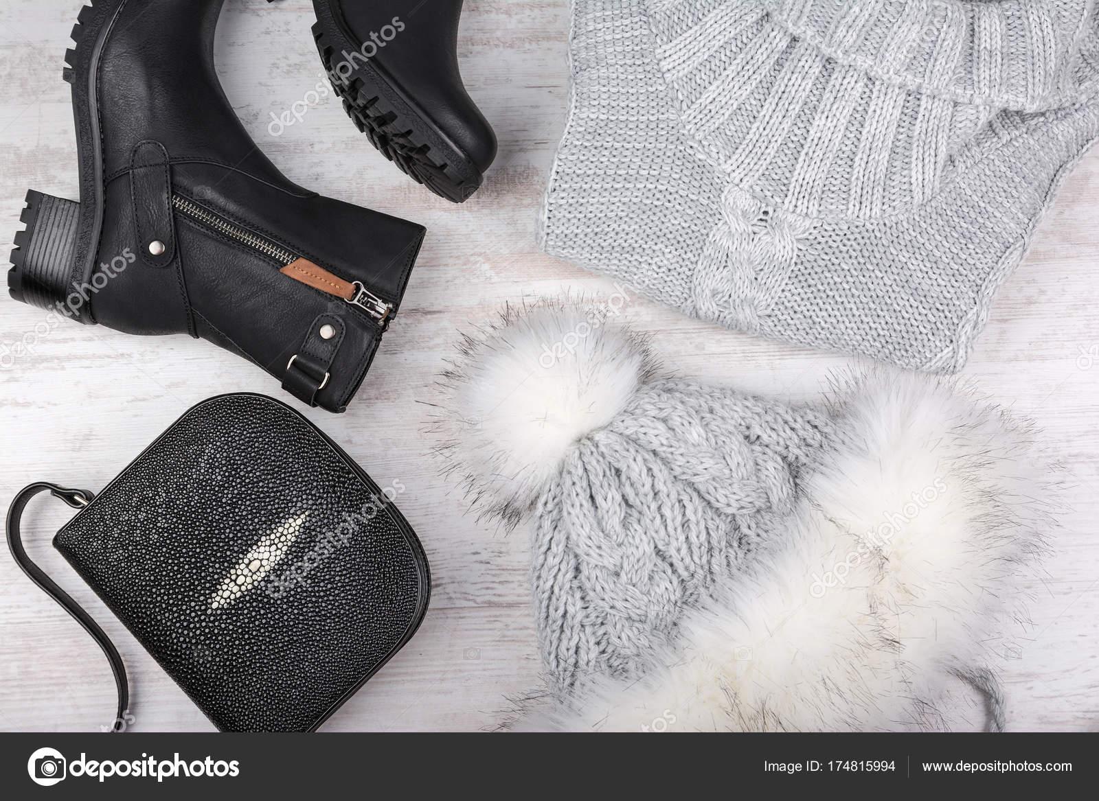 Sada zimní módní dámské oblečení. Vlněný svetr 0cf01d2236e