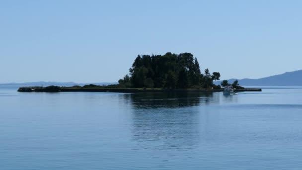 Schöne Kanoni-Hügelbereich in Korfu Insel Pontikonissi und Vlacherna Kloster. Maus-Insel.