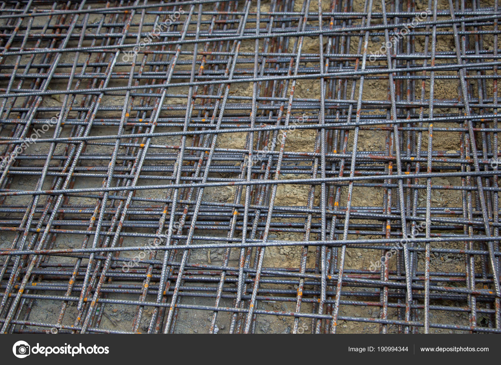 Prezzo Del Ferro Per Edilizia barre ferro barre calcestruzzo rinforzo edilizia — foto