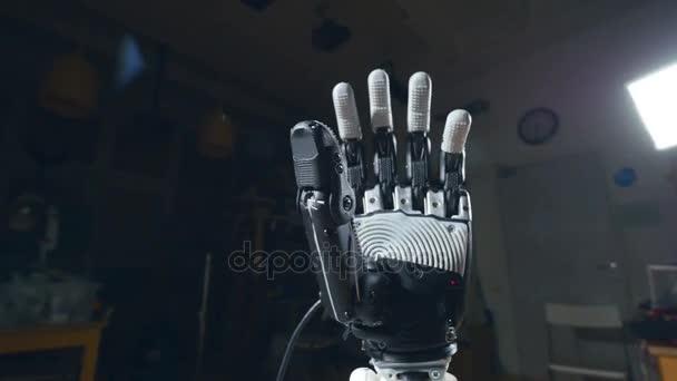 Kibernetikus robotkar. Robot kar mozgását. Futurisztikus 3d nyomtató készüléket tett.