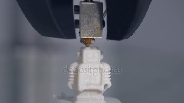3D Drucker drucken Roboter. Nahaufnahme des 3D-Modells. 4k