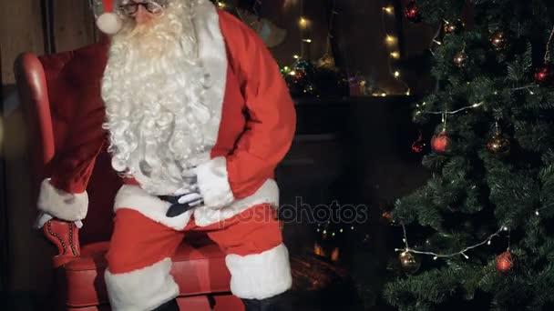 Santa Claus közeli portré. 4k