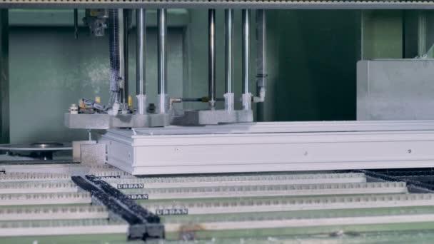 Zavřít pohled na automatické okno rámeček montážní stanice