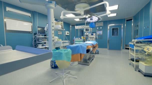 Panoramatický pohled prázdný nemocniční ambulanci lékařské vybavení