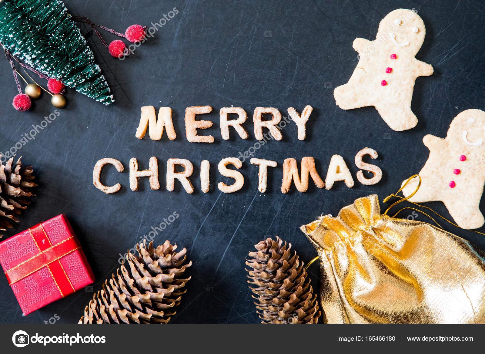 Buchstaben Frohe Weihnachten.Karte Mit Lebkuchen Gebackene Buchstaben Frohe Weihnachten