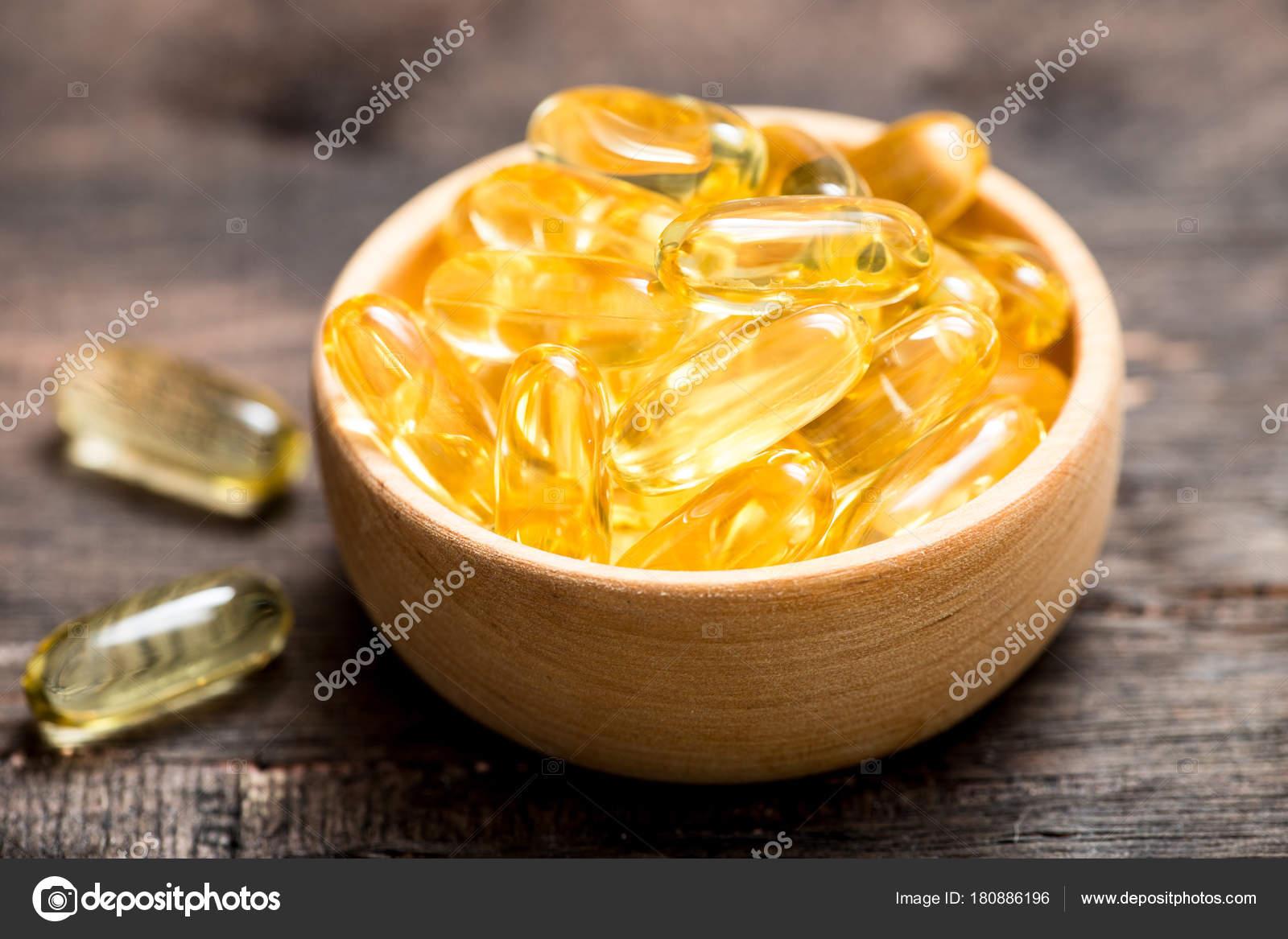 Visolie Capsules Met Omega 3 En Vitamine D Gezonde Voeding Conce Stockfoto C G Ivanna Ukr Net 180886196