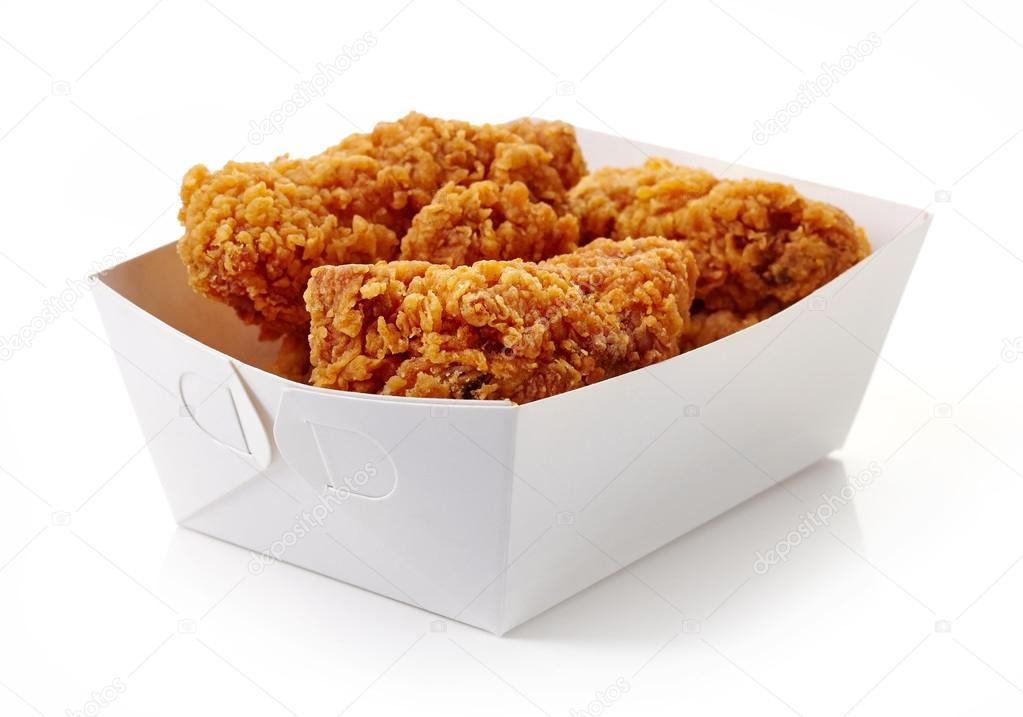 Ali cartone pollo di in bianco fritto di scatola Foto impanato r5XqwSrg