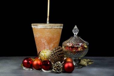 zambomba, Spanish popular musical membrane at Christmas and ornaments