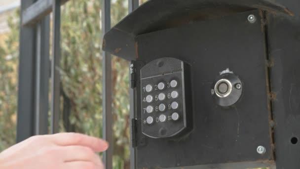 Handwahlnummer der Wohnung auf Gegensprechanlage