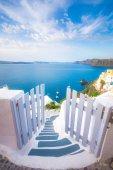 Oia cittadina sullisola di santorini, Grecia