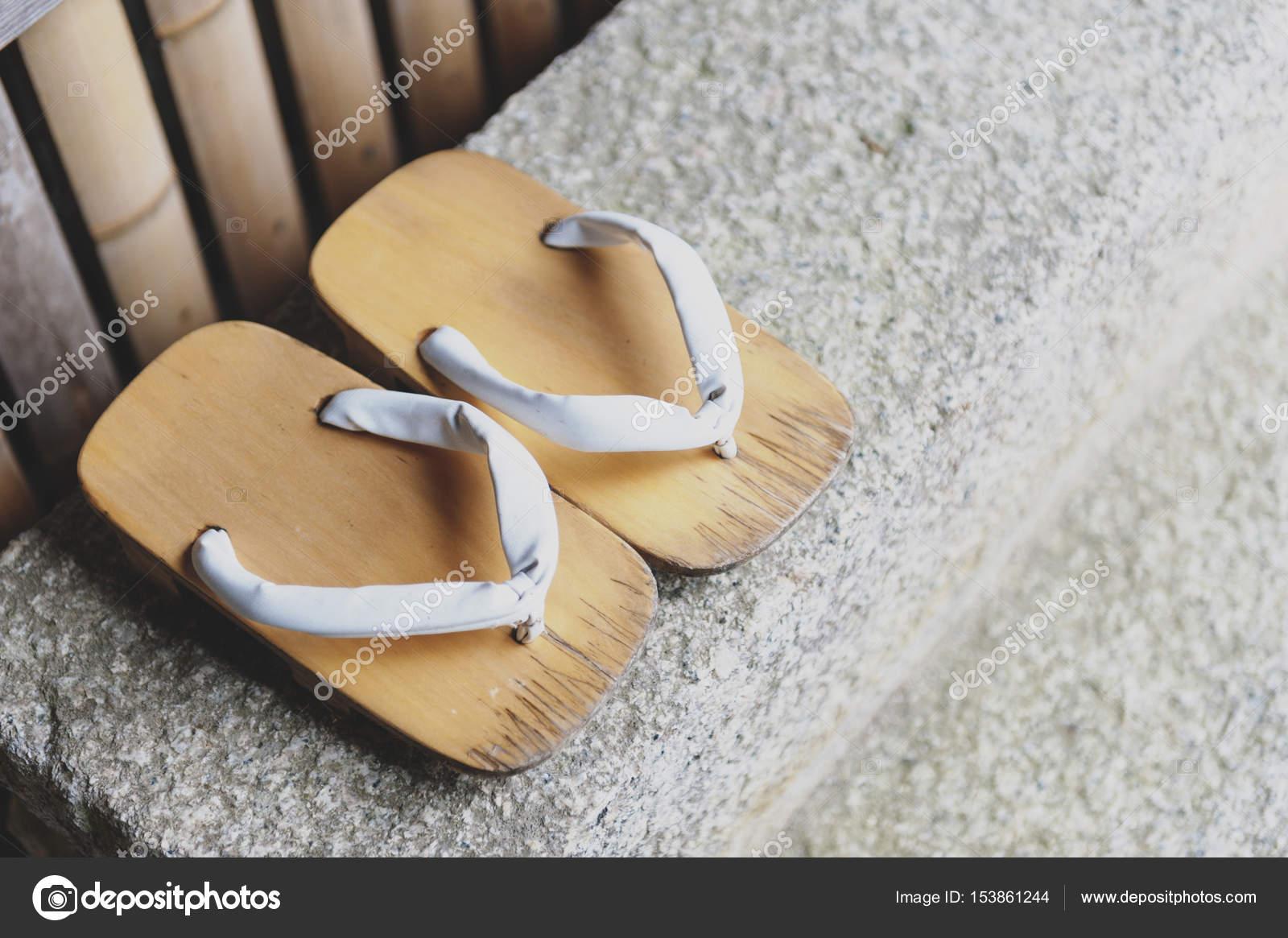 0e3161c900 Grangeiro ou tradicional calçado japonês