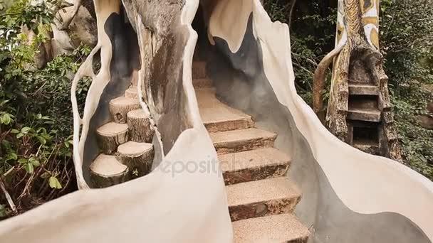 Progettazione Esterni Casa : Hang nga guesthouse crazy house progettazione interni ed esterni
