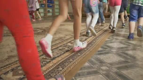 Скачать аэробика для детей видео скачать.