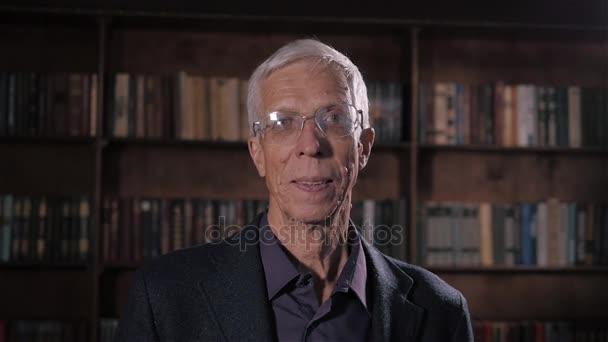 Porträt Eines Mannes Senior Gute Lookingold Mit Anzug Und Alte Graue