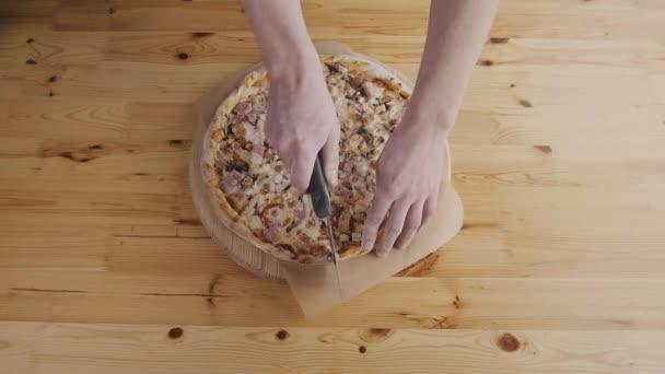 Vértes keze egységes vágás pizza konyha chef baker