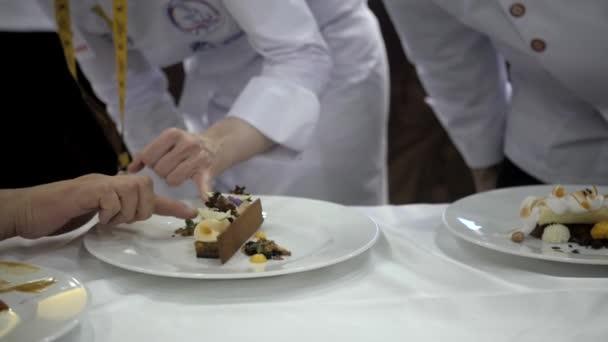 21 března, 2018, Moskva, Rusko: Metro Expo sada jídel připravených v restauraci šéfkuchaře soutěž soutěž, michelin hvězdy BGW potravinářské, akce expo soutěž stravování