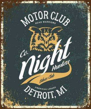 Vintage bikers club t-shirt vector logo on dark background.Premium quality owl bird night hunter logotype tee-shirt emblem illustration. Detroit, Michigan street wear superior retro tee print design.
