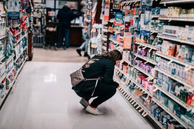 Customers shopping at Safeway supermarket chain in Oregon