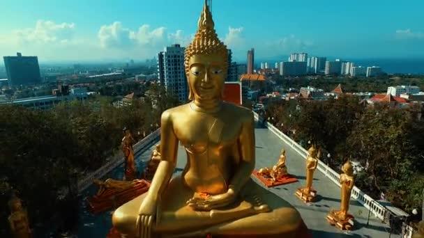 Anténa: Big Buddha Hill v Pattaya