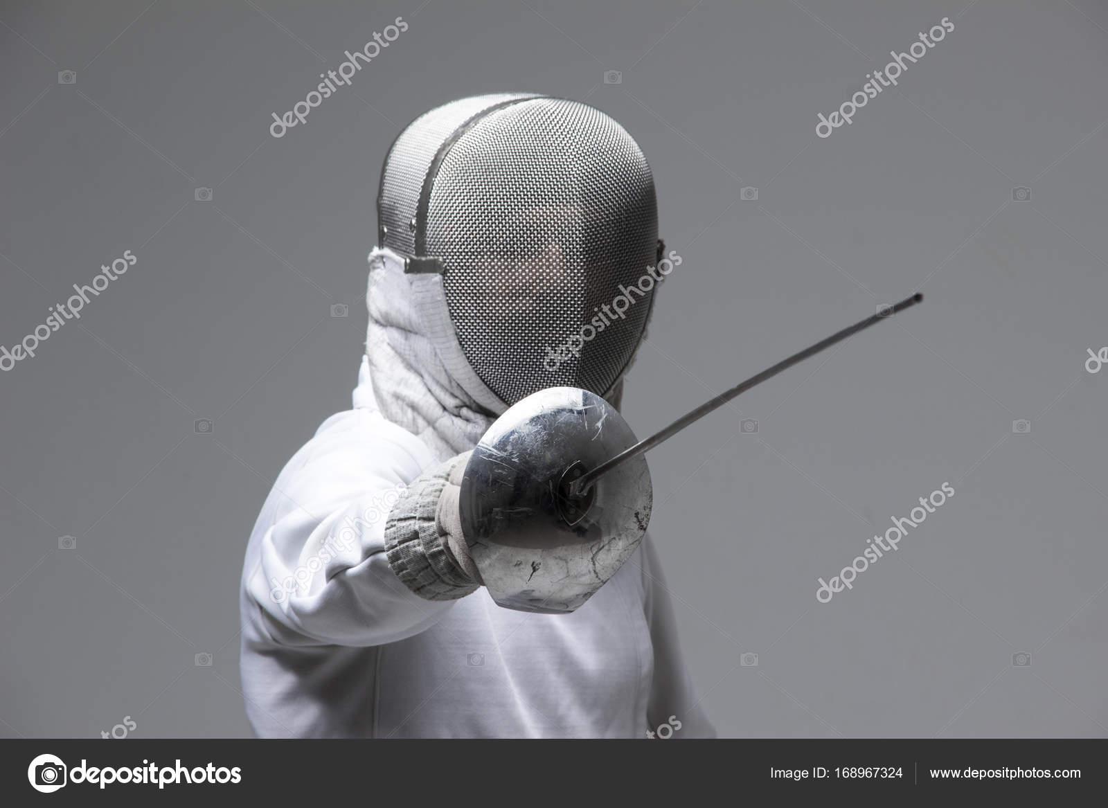 dating a fencer