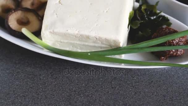 Makro tilt-up miso polévka ingredience