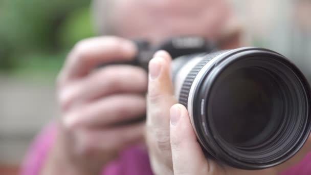 fotograf rámy fotoaparát s velkým objektivem fotoaparátu