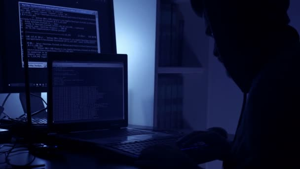 Hackeři pracující ve tmě