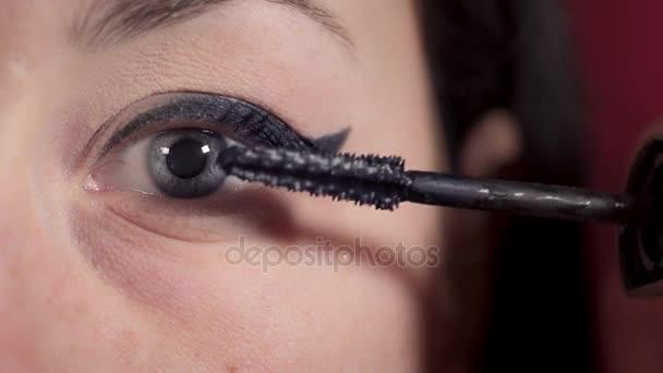 makro modré oči žena uvedení řasenky