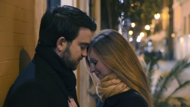 Erster Kuss vor der Datierung
