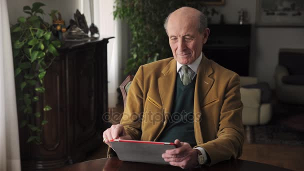 Old Man Using Tablet Computer: Internet, Communication, Web