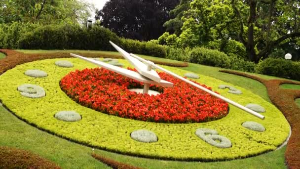 horloge fleurie označení času - Jardin anglais, Ženeva, Švýcarsko