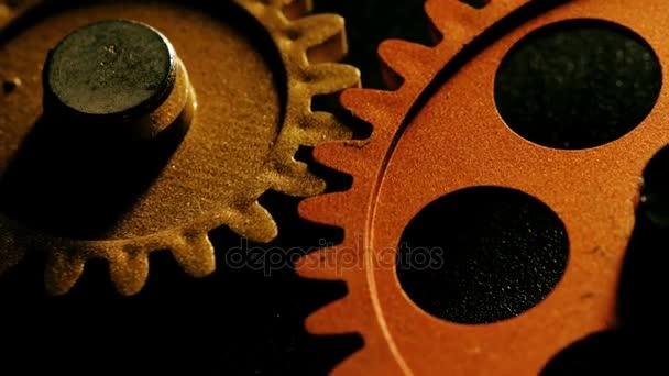 mechanism wheels spinning together