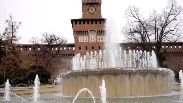 Splendida vista di Castleis di Sforza a Milano, Italia