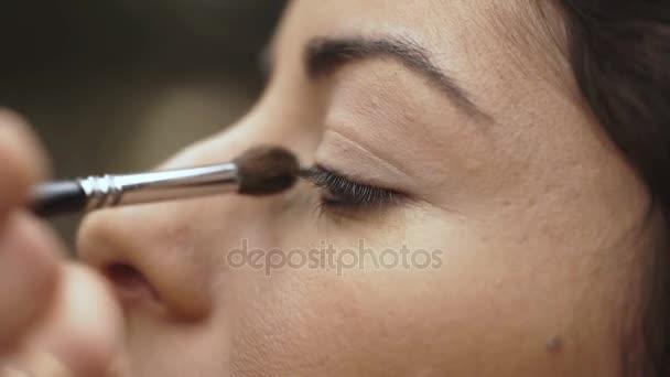 Maskérka nadřazuje make up krásný model oči, portrét