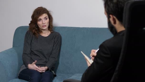depressziós nő beírnak pszichológus