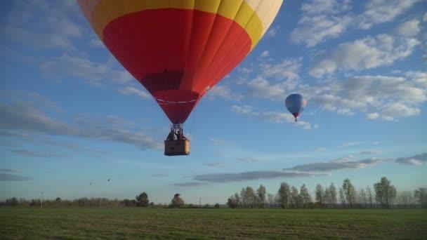 Palloni Ad Aria Calda.Fly Away Su Palloni Ad Aria Calda Video Stock C Uvagaemyi Mail Ru