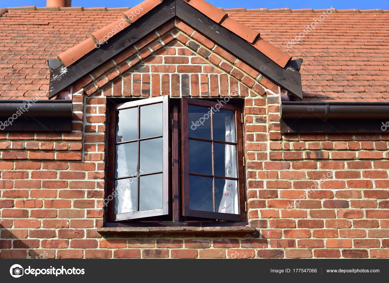 Cottage Red Brick Walls Wooden Dormer Window — Stock Photo