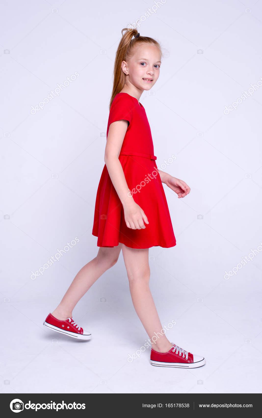 Scarpe In Da Bambina Vestito Bella Rosso E Che Ginnastica Rosse ybmvIY6f7g
