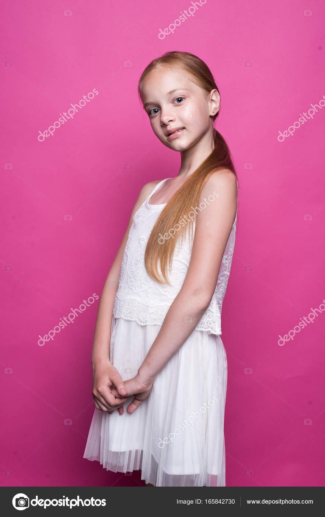 Λεσβιακό κορίτσι σαγηνεύει κορίτσι