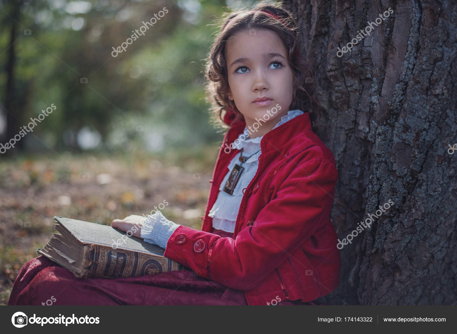 f9521b0b751 Cute little caucasian girl wearing retro clothes. Nice female child in  beautiful vintage dress — Photo by ...