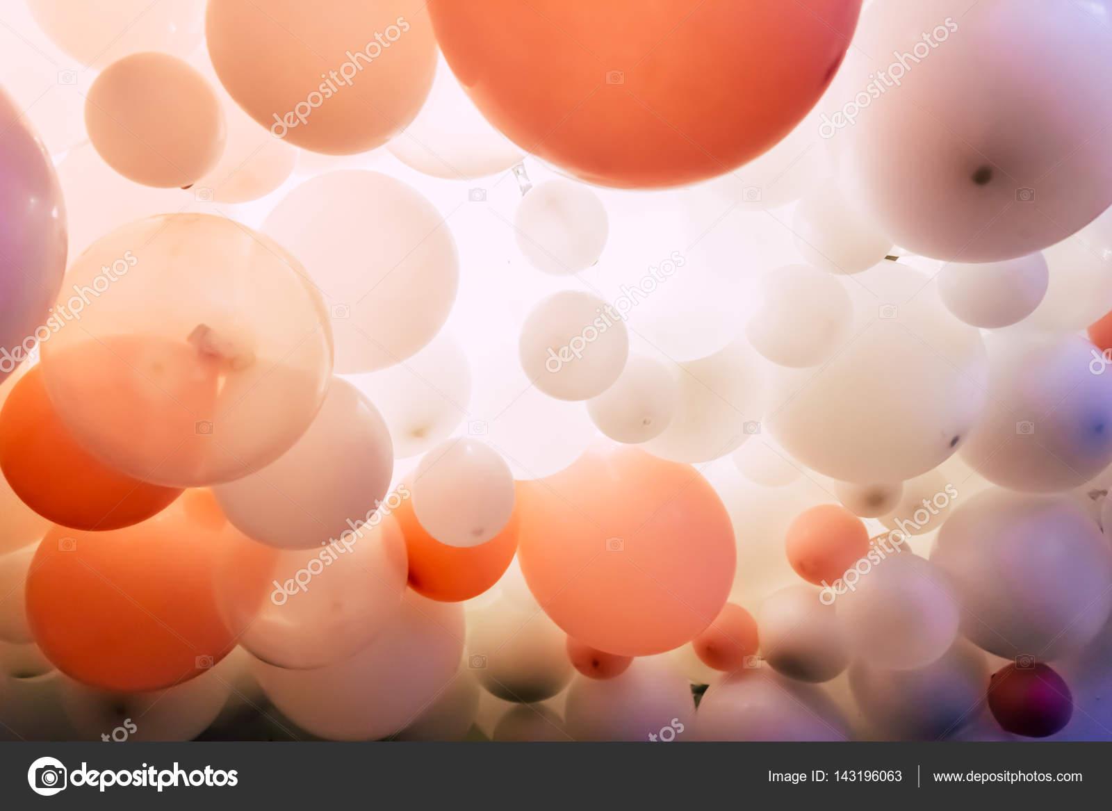 Ballonnen Met Licht : Kleurrijke ballonnen en licht u stockfoto viki yandex ua