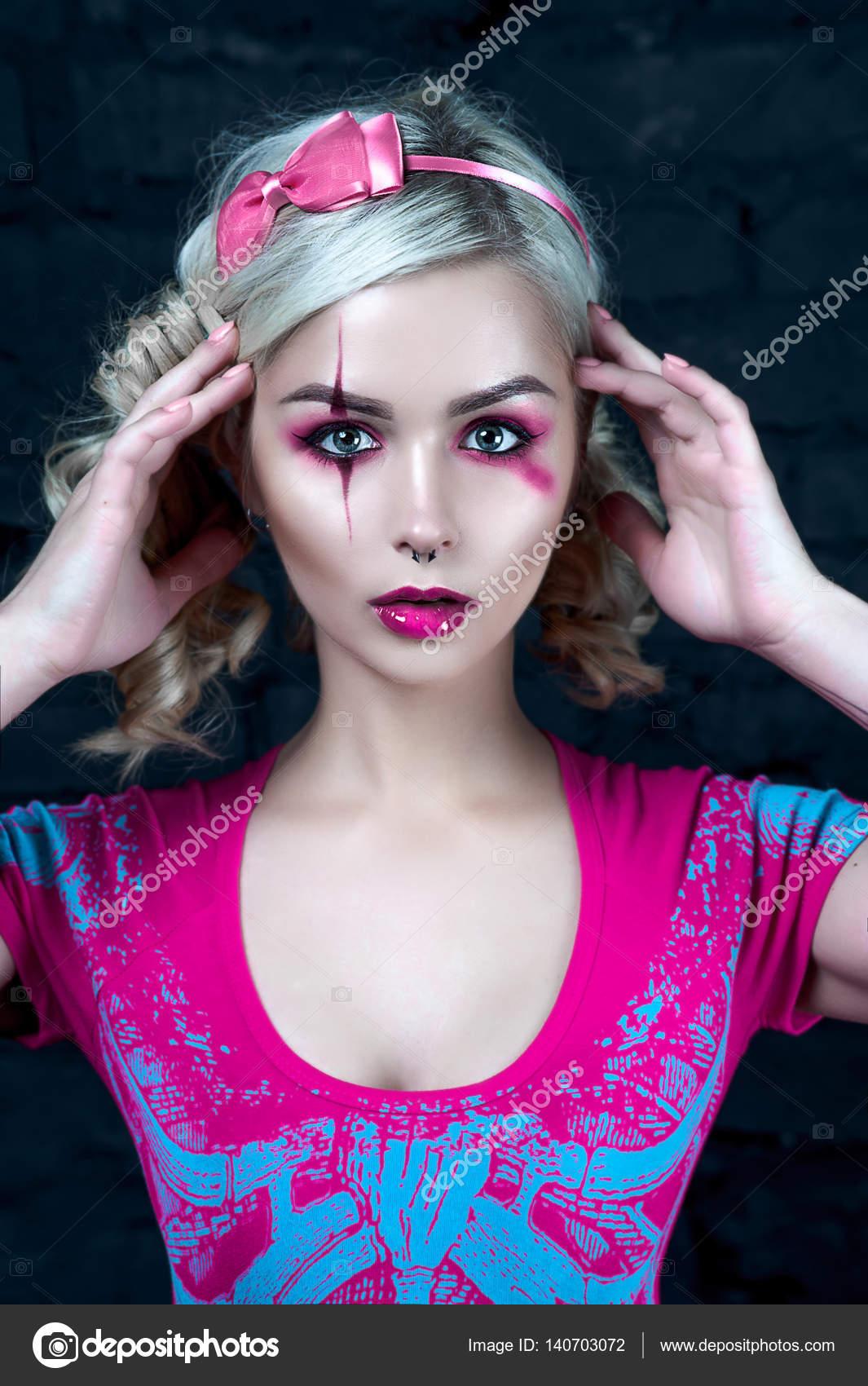 blonde-girl-in-pigtails-interacialbisexuals