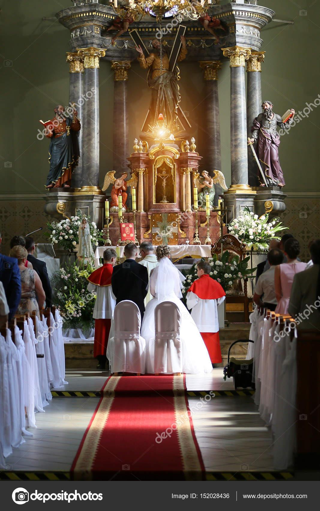 Matrimonio In Chiesa : Matrimoni a venezia organizzare un matrimonio alla scuola san