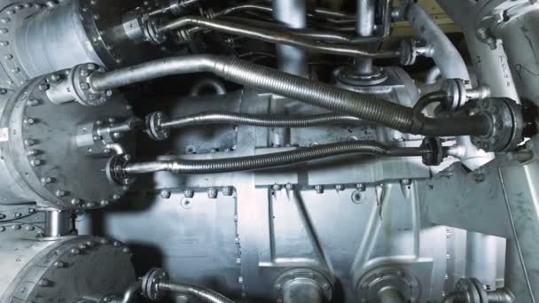 Moderní průmyslové zařízení. Panorama z plynových turbín v tepelné elektrárně. 4k