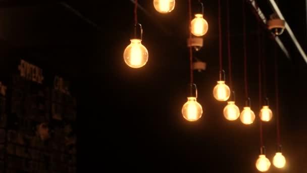 Design d 39 interni illuminazione decorativa luci for Design d interni