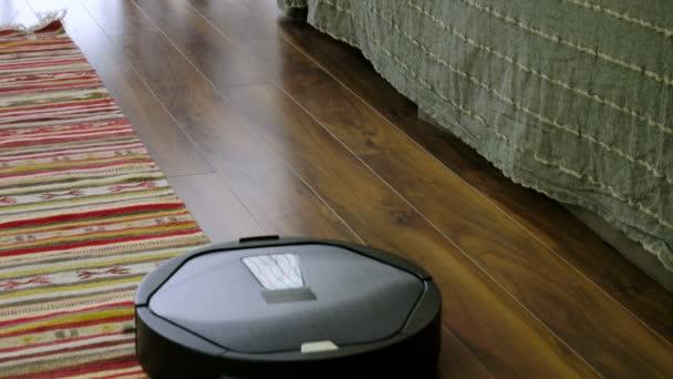 Fußboden Roboter ~ Haus roboter staubsauger gelb mop eimer wasser freundlich