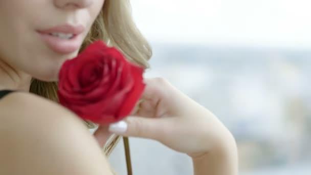 νεαρό κοκαλιάρικο σεξ σπιτικό μαλακία πορνό